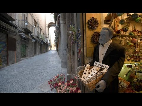 Naples' San Gregorio Armeno: Street's artisans at risk due to lack of tourism