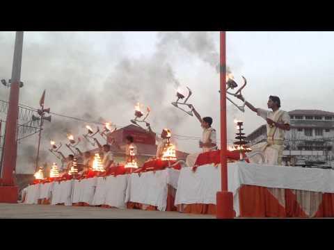 Ganga Aarti   Assi Ghat   Varansi India  6