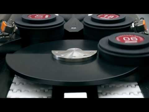 Production of small, fragile things | PUCK HANDLING CONVEYOR