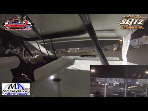 #B0 Jory Berg WISSOTA Midwest Modified On-Board - dirt track racing video image