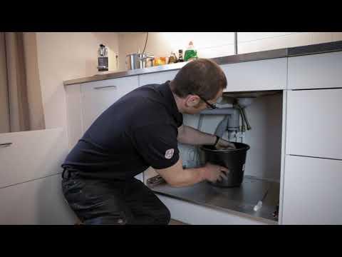 Rengöring av vattenlås i köket