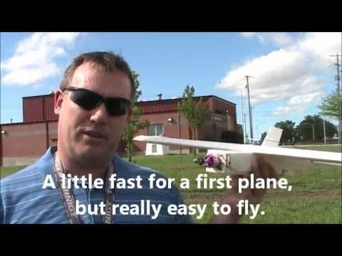 FT Bloody Wonder - First Flight Ever for the Plane and Pilot! (with crash!) - UC92HE5A7DJtnjUe_JYoRypQ