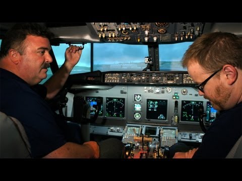 Tested: Flying the Boeing 737 Flight Simulator - UCiDJtJKMICpb9B1qf7qjEOA