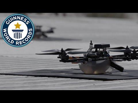 100 drones in flight - Guinness World Records - UCeSRjhfeeqIgr--AcP9qhyg