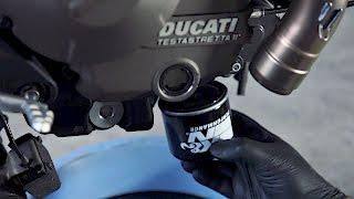 Come cambiare olio motore su Ducati Monster 821
