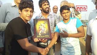 Bajrang To Train In The Usa For The  World Championship