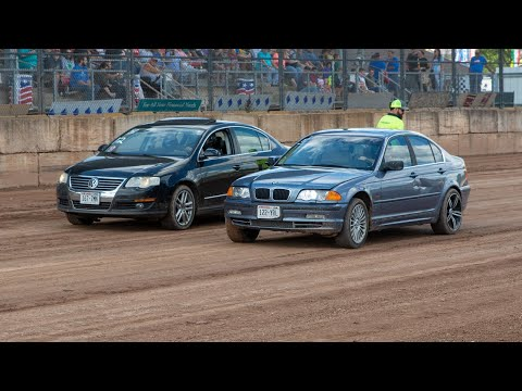 Spectator Races - 4/6 Cylinder Class - Shawano Speedway 9/5/2021 - dirt track racing video image