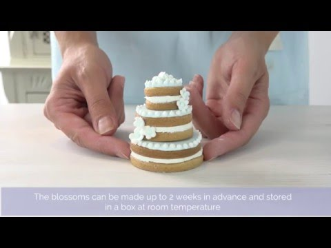 Bake Club presents: How to make tiered wedding cookie cakes