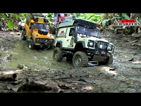 9 Trucks RC Mudding Trail at Chestnut Ave Defender D90 Axial Wraith 6x6 King Hauler Man Honcho - UCfrs2WW2Qb0bvlD2RmKKsyw