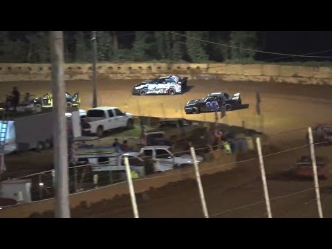 Stock 4b at Winder Barrow Speedway August 21st 2021 - dirt track racing video image