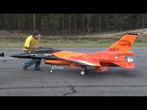 RC turbine jet F-16 scale 1:4 - UCyyac7OJjHTaea6Ie23zGHg