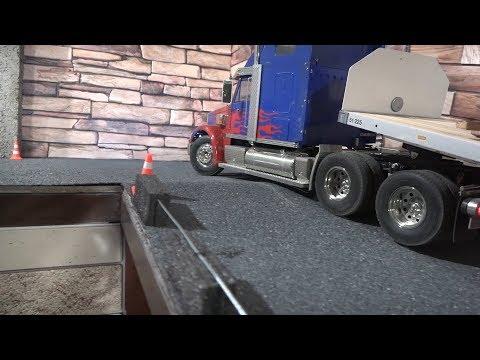 Радиоуправляемый грузовик и экскаватор ... Tamiya RC Truck and excavator 1550 - UCX2-frpuBe3e99K7lDQxT7Q