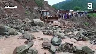 Udhampur: Huge traffic jam on National Highway after massive landslides