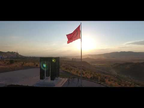 [Video]:  BERATOZDEMIRWORKS - Ankara Semalarında Türk Bayrağı
