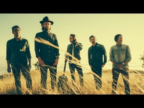 Switchfoot -- Love Alone Is Worth The Fight [Official Video] - UCi9lvMuNrySHqoFfiOLcudQ