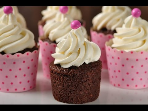 Chocolate Marshmallow Cupcakes Recipe Demonstration - Joyofbaking.com - UCFjd060Z3nTHv0UyO8M43mQ