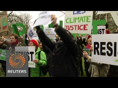 Activists disrupt speech of former Trump advisor in Brussels climate meeting