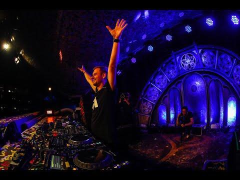 15 Y Tribute Armin van Buuren | Tomorrowland Belgium 2019 - W2 - UCsN8M73DMWa8SPp5o_0IAQQ