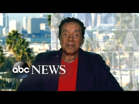 Smokey Robinson reflects on the legacy of his longtime friend Aretha Franklin