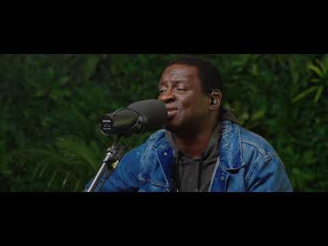 Noel Robinson - Faithful God (Official Acoustic Video)