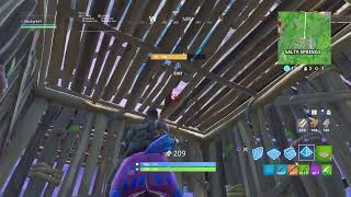 Fortnite Battle Royale playing with subs