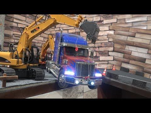 Радиоуправляемые экскаваторы вытаскивают грузовик ... RC Truck Tamiya and excavators - UCX2-frpuBe3e99K7lDQxT7Q