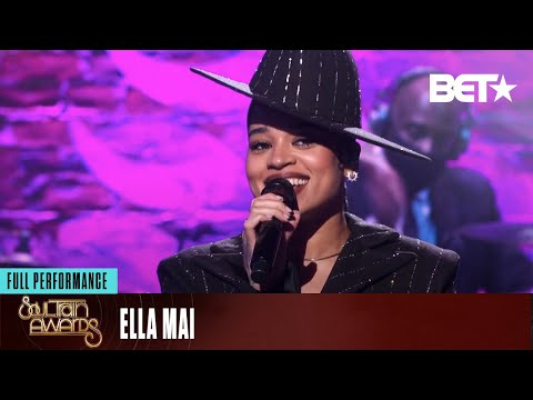 Ella Mai Captivates Crowd As She Performs 'Not Another Love Song'| Soul Train Awards 20