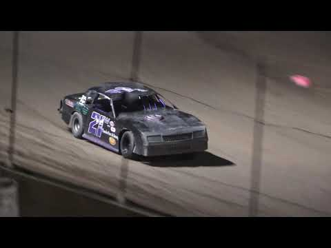 B Feature 1 (12 Laps): 65-Logan Gilmore, 17-Chuck Kaake, 21W-George Wease, 53-Rich Brock, 07-Billy Frey, 12-Jered King, (DNS) 51D-Matt Duggan - dirt track racing video image