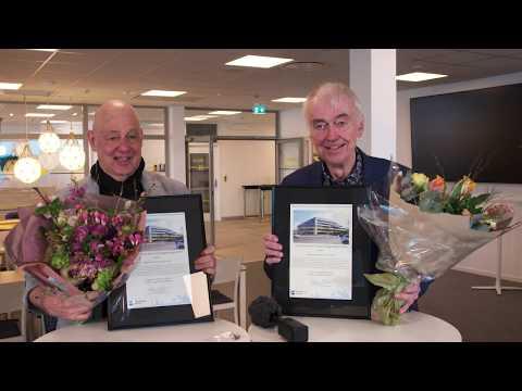 Hogia och Gert Wingårdh tar emot Stenungsunds kommuns byggnadspris 2019