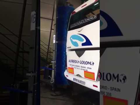 Como Lavar un Autocar de forma Rápida con JMB:  monocepillos nuevos y usados