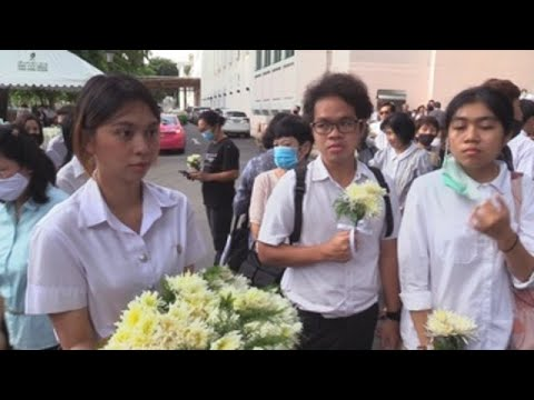 """""""Más democracia"""", la lucha común de las protestas de 1976 y 2020 en Tailandia"""