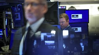 Economists forecast recession within 2 years