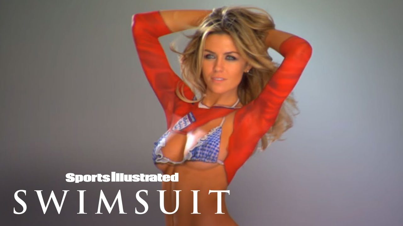 Body Painted World Cup Jersey   Sports Illustrated Swimsuit
