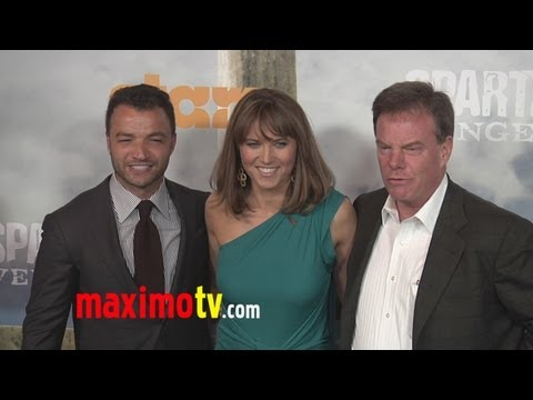 """Spartacus: Vengeance"" Premiere ARRIVALS Lucy Lawless, Liam McIntyre, Katrina Law - UCybF_bgvjVTAPIm8HT-TNdQ"