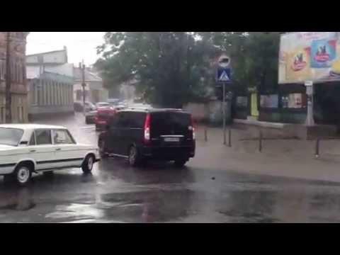 Чернівці після зливи. 25 травня 2013. Вулиця Руська с. 2