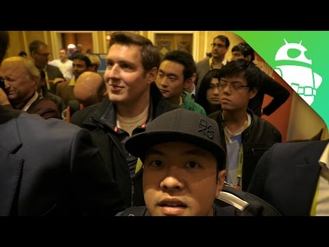 CES 2017 Vlog 2: All Over Vegas