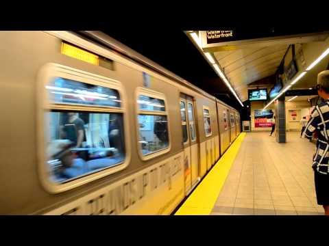 Vancouver Translink: Vancouver City Centre SkyTrain Station [ Canada Line ]