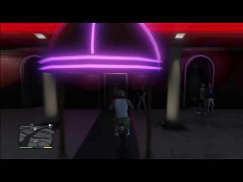 Grand Theft Auto 4 - Part 8 - Strip Club! (Let's Play