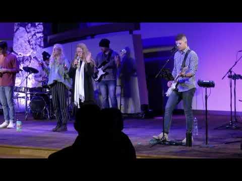 Charis Worship - November 11, 2020