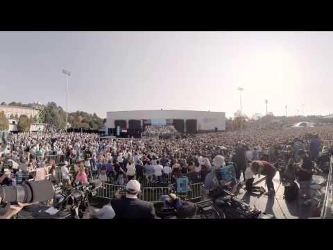 President Barack Obama visited UNC-Chapel Hill in support of Democratic presidential candidate Hillary Clinton Wednesday, Nov. 2.  Filmed by: Nicholas Byrne Edited by: Vijay Rajkumar and Nicholas Byrne