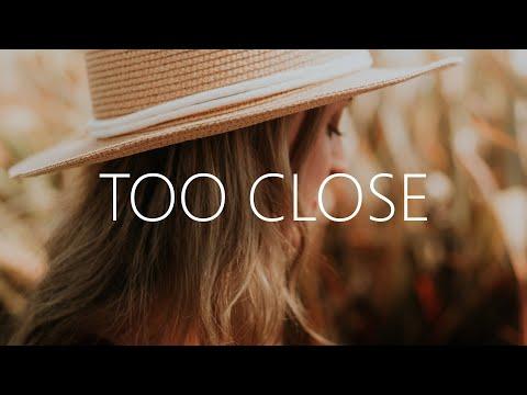 Cally Rhodes - Too Close (Lyrics) - UCwIgPuUJXuf2nY-nKsEvLOg