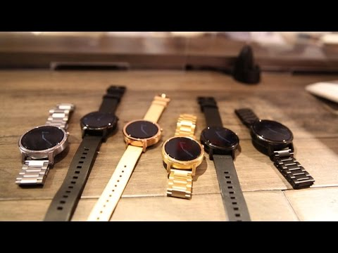 The new Moto 360 looks more like a watch than a smartwatch - UCOmcA3f_RrH6b9NmcNa4tdg