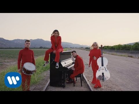 Clean Bandit - I Miss You feat. Julia Michaels [Official Video] - UCvhQPdeTHzIRneScV8MIocg
