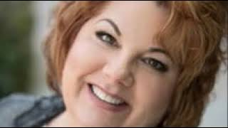 Candice Hozza-Spiritual Strategist and Business Intuitive on Intuitively Aligning Your Business