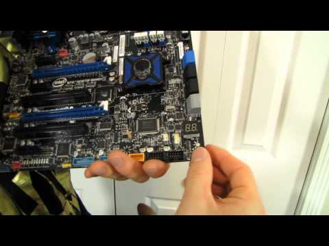 Intel DZ77RE-75K Extreme Series Z77 SLI Gaming Motherboard Unboxing & First Look Linus Tech Tips - UCXuqSBlHAE6Xw-yeJA0Tunw