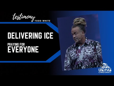 Todd White - Delivering Ice & Praying for Everyone
