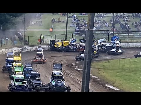 Oceanview Speedway - Opening night Stockcars - 23/10/2021 - dirt track racing video image