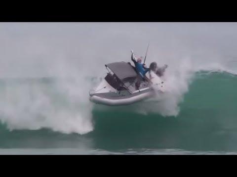 8  Massive Waves - eat Small Boats,ships - UCPvQ-nOdscq4wEgPCSCM4Sg