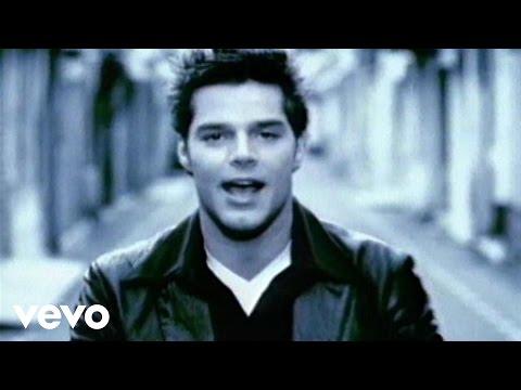 Ricky Martin - María (Spanglish Video Remastered) - UCNpY5DI8KO-ROA2BxgGWrXg