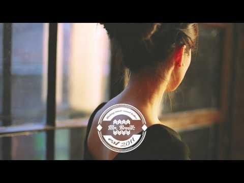 Moon Boots - Don't Ask Why Feat. Kyiki - UCd3TI79UTgYvVEq5lTnJ4uQ